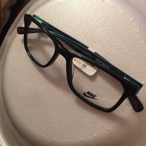 bbb70e4025 Men s Nike glasses